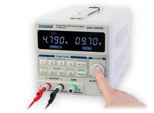 Digitálne ovládaný precízny programovateľný laboratórny zdroj 30V/5A typ DPS-3005D