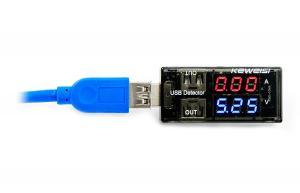 USB tester na meranie napätia a prúdu USB portov a úbytkov a strát v USB kábli