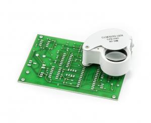 Servisná lupa so zväčšením 40x a LED prisvietením priemer 25mm