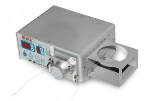 Dávkovač kvapalín s dávkou 0,5 mikrolitrov typ TP-50