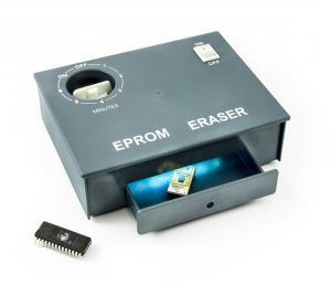 Mazačka pamätí EPROM s UV osvitom a časovačom