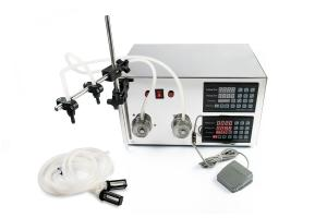 Automatický dávkovač tekutín KC-I s 2 oddelenými čerpadlami a výstupmi