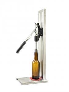 Veľká páková zátkovačka pivných a sirupových fliaš