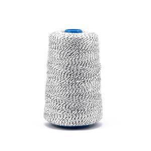 Priemyselná bielo / čierna polyesterová (PES) šicia niť pre vrecovačky 800m